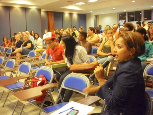 OEI Manager and new CIEE Santiago Staff Mercedes Muñoz Fields a question, Photo thanks to OEI